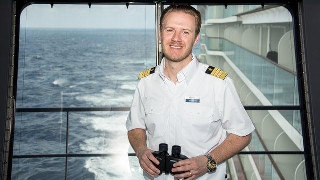 Kapitän Simon Böttger / © TUI Cruises