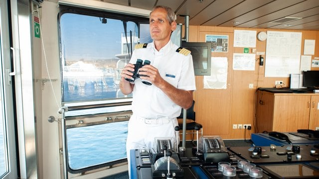 Kapitän Helge Wrage / © TUI Cruises