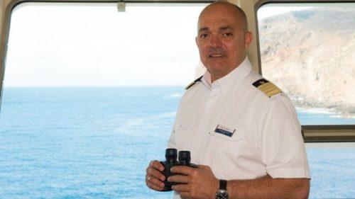 Kapitän Yiannis Tsounakos / © TUI Cruises